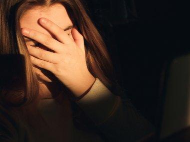 Las nuevas formas de aprendizaje en casa han provocado cambios en las formas de Bullying y acoso en niños y adolescentes