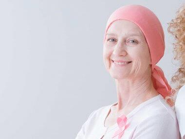 Existen tratamientos no invasivos que son aliados claves en el proceso post cáncer de mama. Pregunta a tu médico.