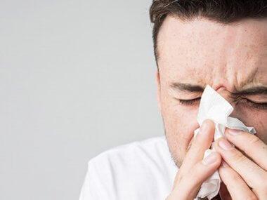 En Estados Unidos la FDA está evaluando por la emergencia sanitaria, el uso de los sprays nasales con xilitol para combatir el COVID-19